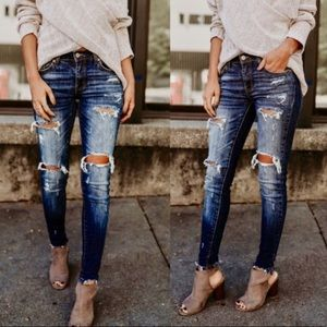 🌼KanCan Distressed Jeans are here🌼